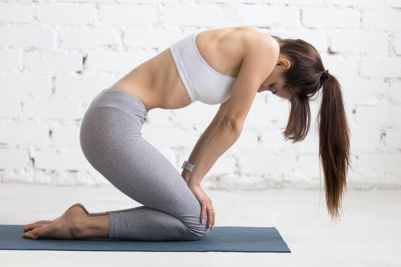 cómo-hacer-abdominales-hipopresivos-de-rodilla